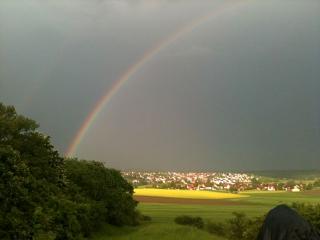 Hinter dem Regenbogen...